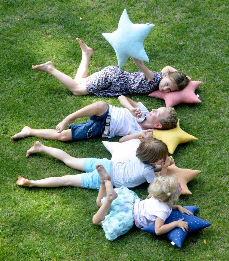 Muzpony - Poduszka w kształcie Gwiazdy Blink Pink