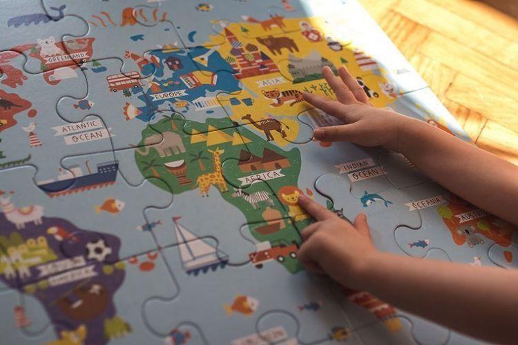 Mudpuppy - Puzzle Podłogowe Jumbo Mapa Świata 25 Elementów 2+