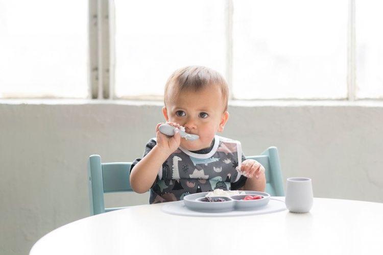 EZPZ - Silikonowa Łyżeczka Tiny Spoon 2szt. Pastelowa Szarość