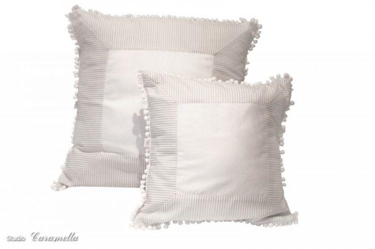 Caramella - Mała Poduszka Biało-Beżowa 35x35cm