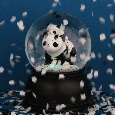 Little Lovely Company - Świecąca Kula Śnieżna Pandy