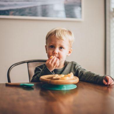 Avanchy - Toddler Bambusowy Dzielony Talerz z Przyssawką + Łyżeczka 6m+ Pink