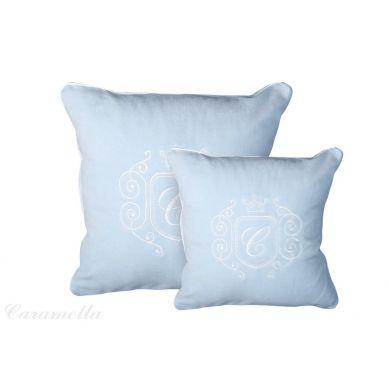 Caramella - Poduszka Welurowa Błękitna z Emblematem Mała