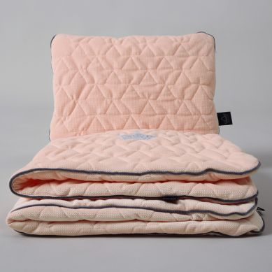 La Millou - Komplet Pościeli Velvet Collection Blanket & Mid Pillow Powder Pink Bright