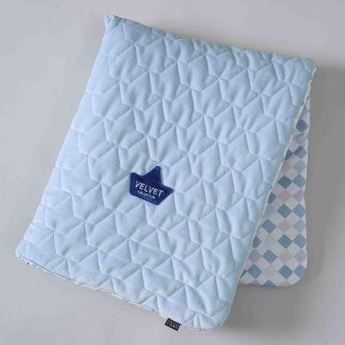 La Millou - Kocyk Velvet Collection 80x100 La Millou Chessboard Powder Blue