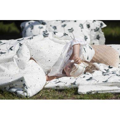 La Millou - Komplet Pościeli XL z Opaską do Spania Penguin Pepe & Confetti Pink