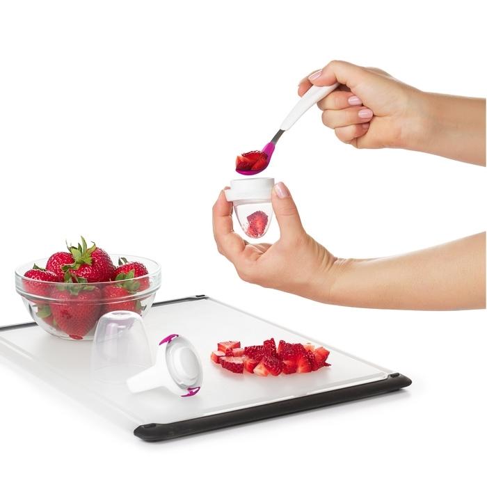 OXO - Gryzak do Podawania Pokarmów Stałych Pink
