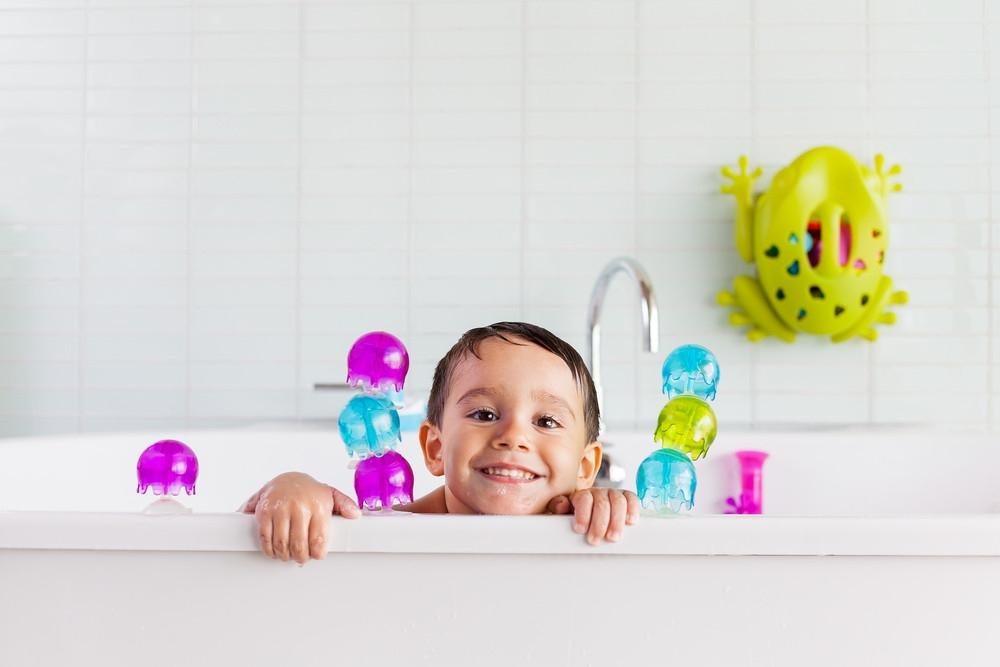 Boon Zabawka do Kąpieli Przyssawki Jellies 1+ do kąpieli