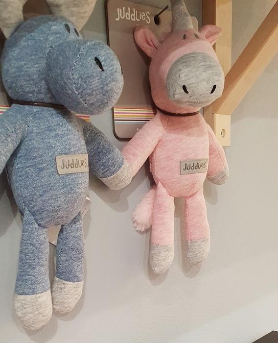 Juddlies - Grzechotka Jednorożec Pink 0-4m