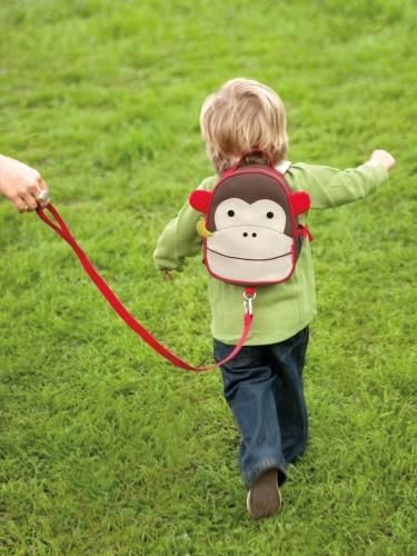 """Plecak Mini ze """"smyczą bezpieczeństwa"""" Małpka Skip Hop"""